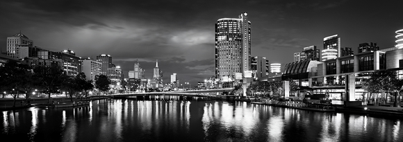 Preview for Melbourne's Yarra River - B&W